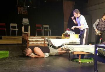 Театр Альфа — Вечеринка Джекки в Израиле
