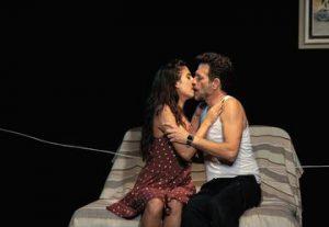 Театр Каров — Инструмент пыток в Израиле